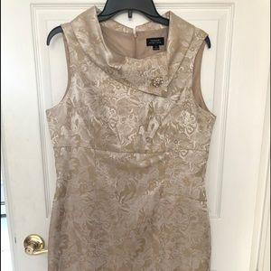 Tahari Arthur s Levine gold cocktail dress